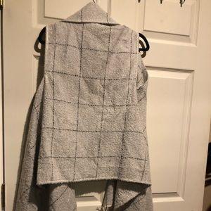 Express blanket vest